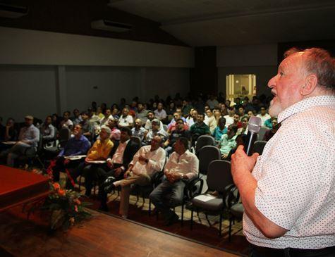 Palestra do professor Luiz Carlos Molion | Foto: Divulgação