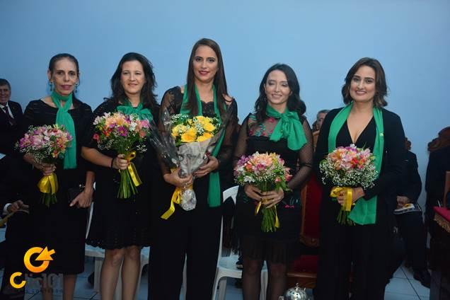 Sara (Presidente, ao centro) e Diretoria da Fraternidade Feminina
