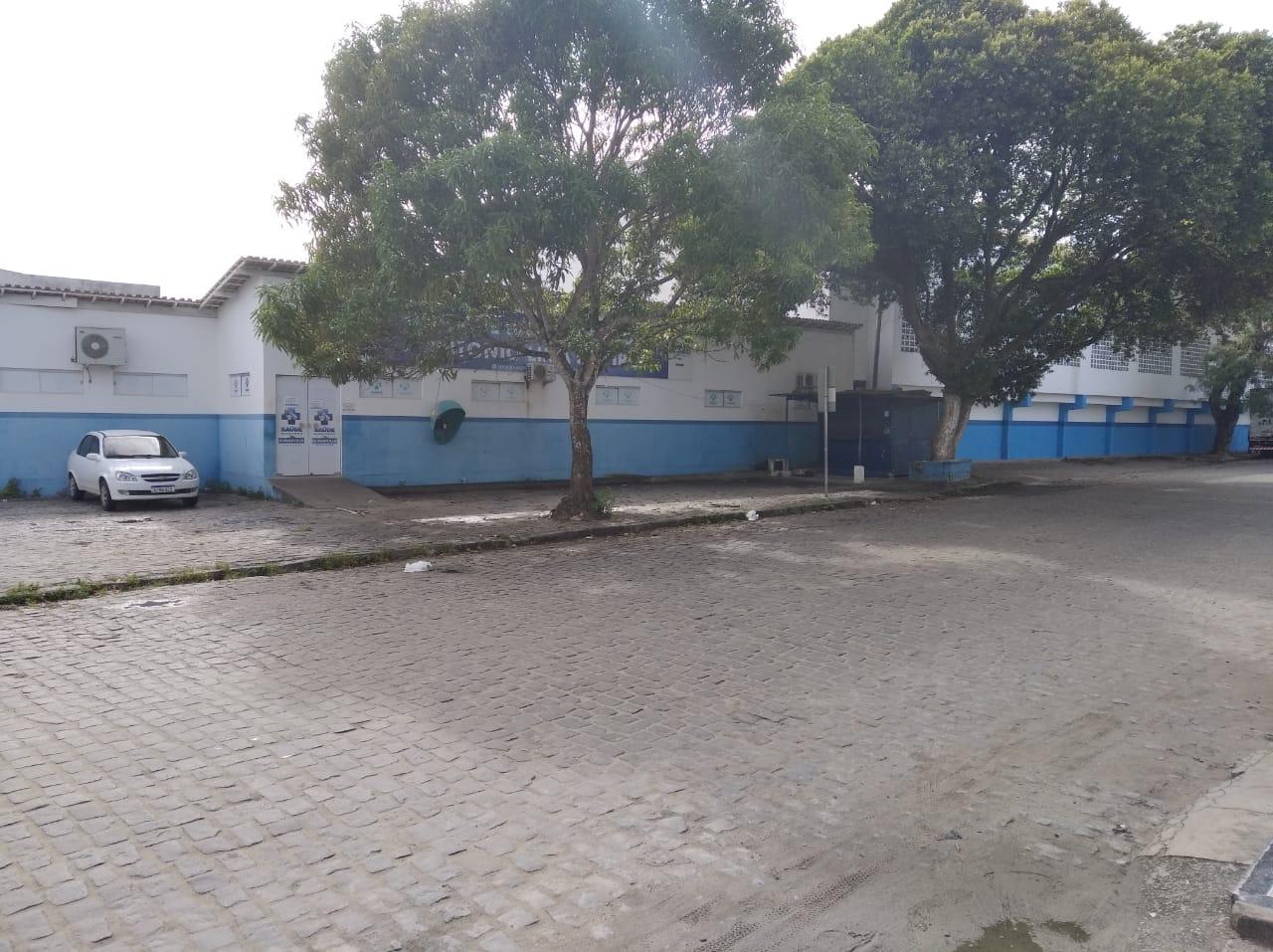 Unidade de saúde e o ginásio de esportes ocupam o lugar onde era a prefeitura