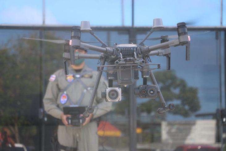 Polícia Militar e Bombeiros da Bahia recebem drones com transmissão de imagem on line 21