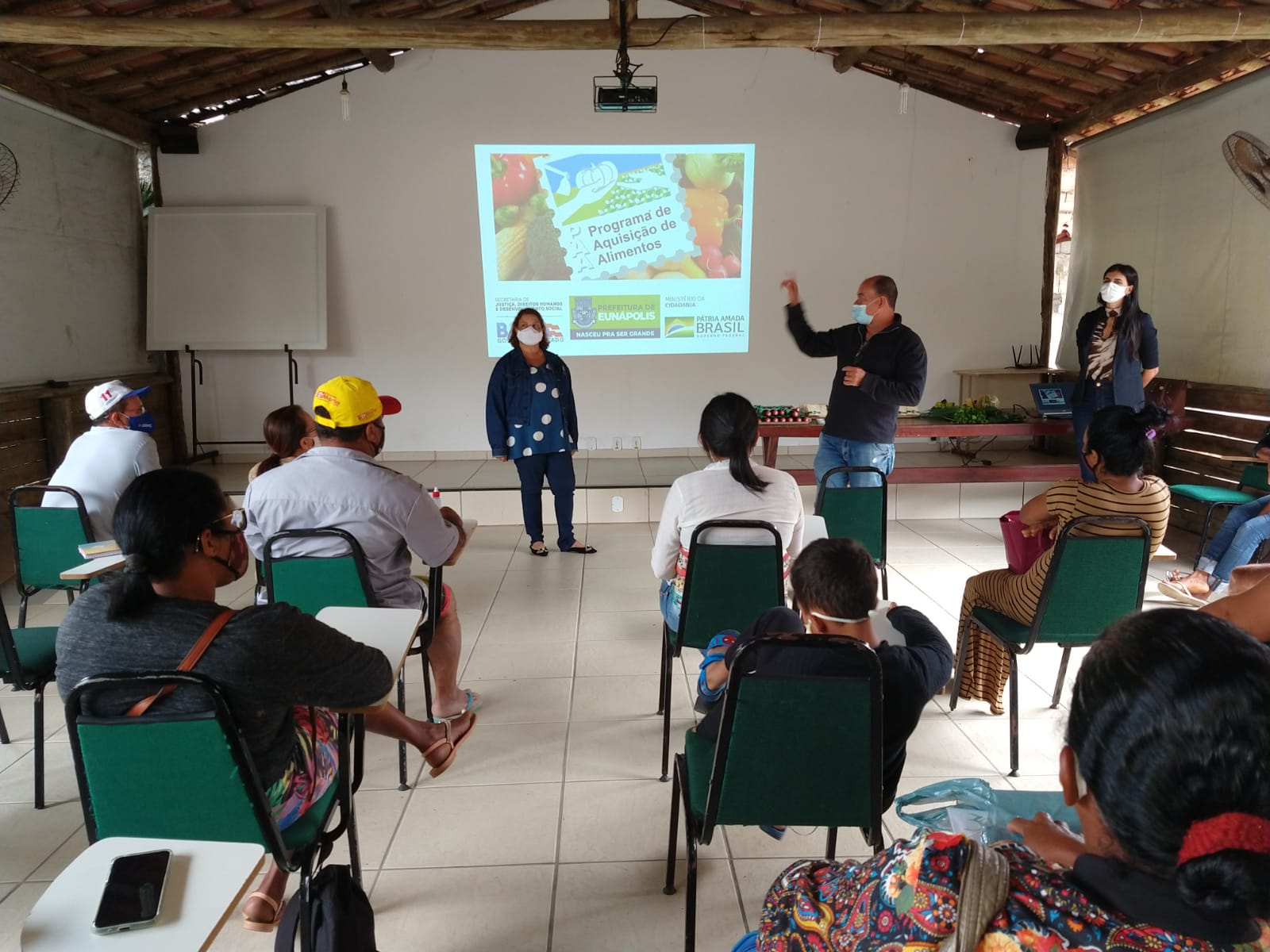 Reunião apresentou os resultados do cadastramento do PAA em Eunápolis