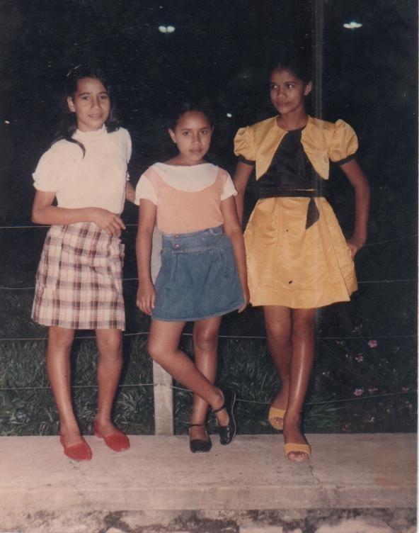 Da esquerda para a direita: FANE (Irmã de Meire da loja Darley Modas), WESÂNGELA (Vice-Diretora do Municipal) e SARA.